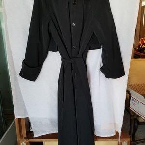 New York style light trench coat.